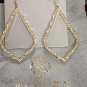 Kendra Scott Sophee gold drop earrings